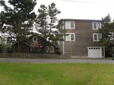 Awe Inspiring 3Br House Vacation Rental In Seaside Oregon 330978 Home Interior And Landscaping Spoatsignezvosmurscom