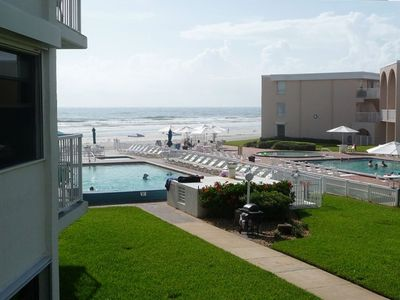 Photo for Lovely (Renovated 2018) 3/2 Beach Front Condo - Family Friendly!