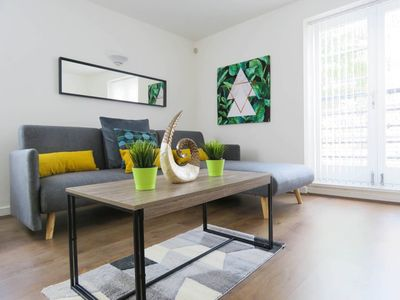 Photo for Spacious flat with king and twin bed setting and free parking near Birmingham Canal and the ICC