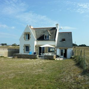 Photo for Breton house at the edge of the ocean in the dunes of trez Goarem