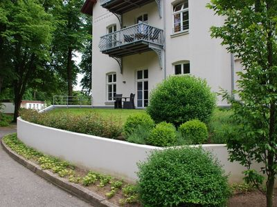 Photo for Quiet apartment in the palace with the park on the Baltic Sea between Kuehlungsborn and Rerik