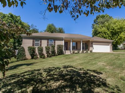 Photo for Luxury Home Convenient to Downtown Huntsville