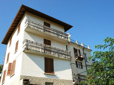 Photo for Apartment Pit Stop in Brissago - 10 persons, 5 bedrooms