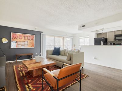 Photo for Sonder | Barton Creek | Lovely 1BR + Walk to ACL