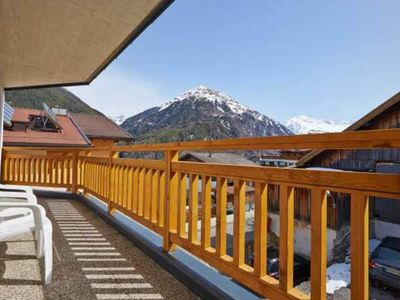 Photo for Top 400, Panorama-FeWo, free WiFi, 3 double rooms (6-8 pers), 2 bathrooms, luxury equipment - Alpendiamond Sölden, ski in & ski out apartments