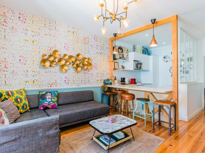 Photo for Sunny 3 bedrooms appartment in charming heart of Lisbon