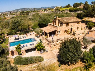 Photo for Big house with pool, wireless, barbecue and beautiful views.