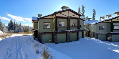 Photo for Best 4-Bedroom Family-Friendly Ski-In/Ski-Out With Hot Tub on Big White