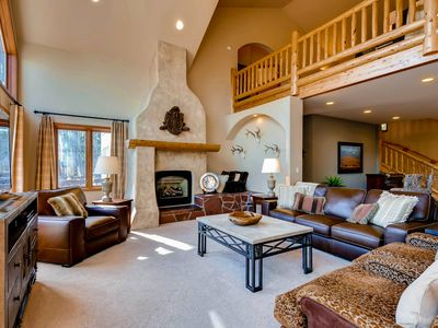 Photo for Quiet Retreat with private hot tub and spectacular lake & mountain views!