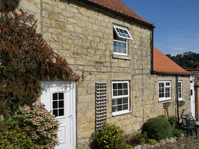 Photo for Jasmine Cottage is in the centre of the historic village of Kilburn, North Yorks