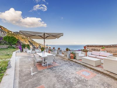 Photo for Villa Ciondolo: A bright and elegant independent house which faces the sun and the sea, with Free WI-FI.
