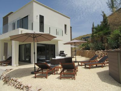 Photo for Villa with professional golf course, pool and air conditioning! Beach at 8 kilometers!