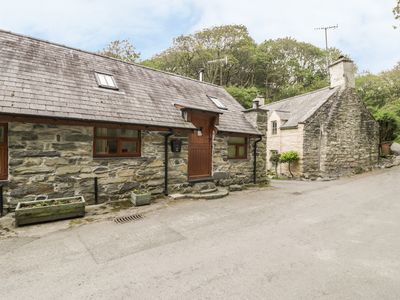 Photo for Hendoll Cottage 1, FAIRBOURNE