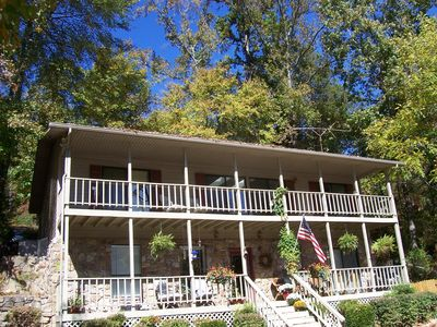 Bed And Breakfast On The Tennessee River