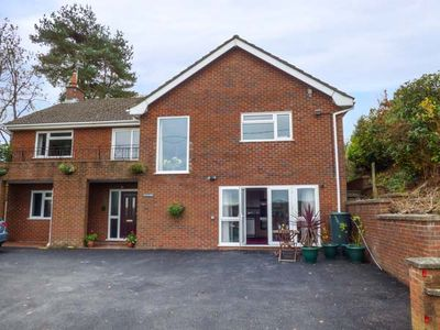 Photo for PLUM HILL APARTMENT, pet friendly in Oswestry, Ref 949423