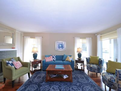 Photo for Breezy Sailboat Villa: top floor and 1 block from the beach