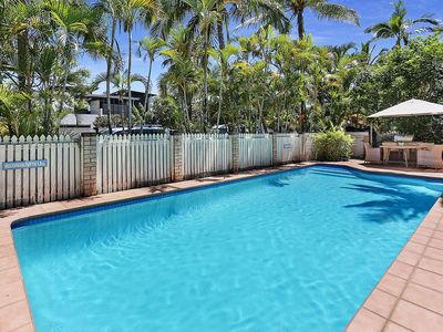 Photo for Spacious Apartment, New Furniture Package, Walk To Hastings Street & Main Beach
