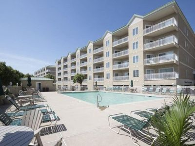 Photo for Feel the stress of everyday life slip away the minute you walk in the door to this beautiful condo