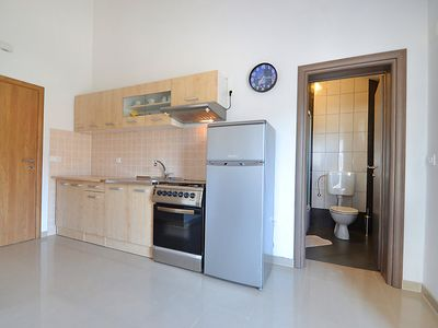 Photo for Apartment Ante in Starigrad-Paklenica - 4 persons, 1 bedrooms