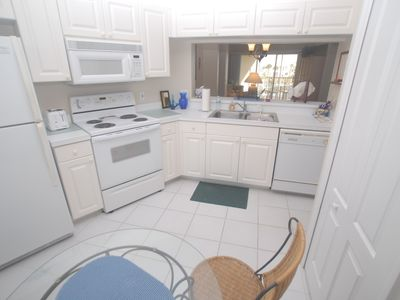 Photo for Naples Condo, 2 bedrooms 2 bath , 2nd floor with vaulted ceilings.