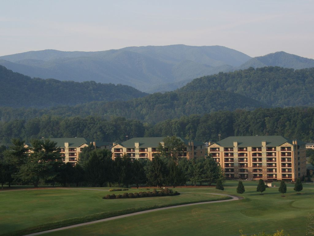 Pigeon Forge Riverstone Resort Vrbo