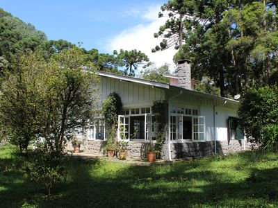 Photo for Wonderful villa in Campos do Jordão: 5000 m2 prime location, very wooded