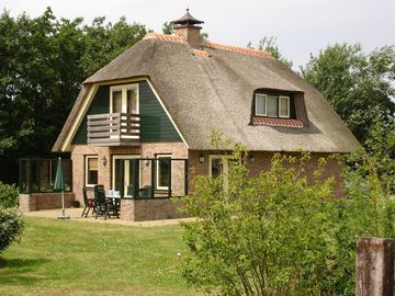 Luxury holiday home on Texel for up to 6 people, very quiet