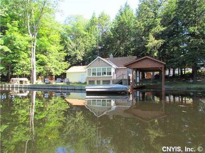 Photo for 3 Bedroom, 1.5 Bath Cottage on Lily Pond connects to Brantingham Lake