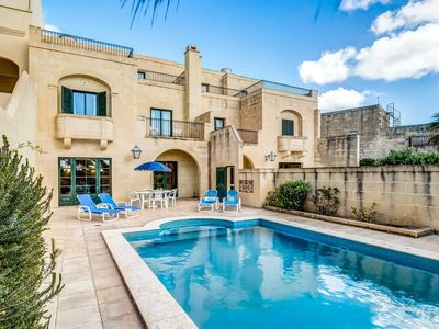 Photo for Peaceful stone villa in countryside with private pool, free Wi-Fi and BBQ