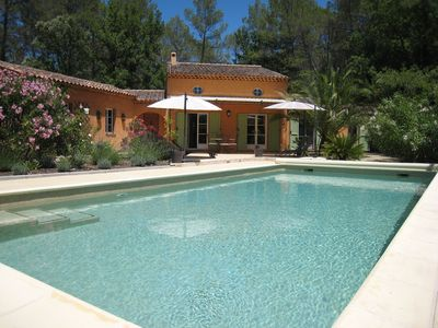 Photo for Provencal house with large private pool, 6 people