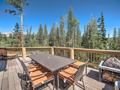 Photo for 4BR Silverthorne House Near Skiing and Shopping!