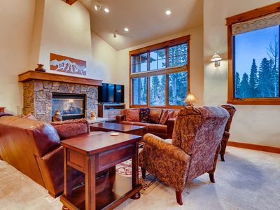Photo for Lodge at Cucumber Patch: Private Hot Tub, Great Views, Walk to Gondola & Town