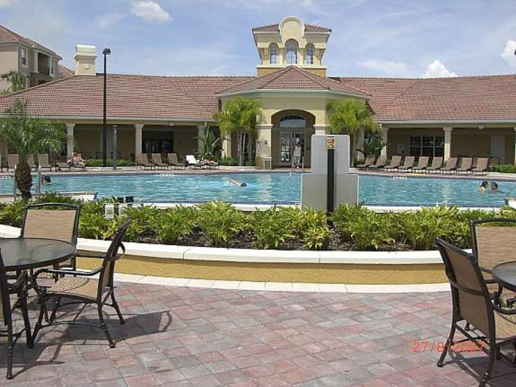 Two beautiful condos at vista cay with lake view orlando - Florida condo swimming pool rules ...