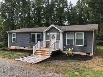 New 3 Br 2 Bth House On Privacy Rd Lake Anna