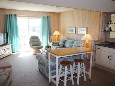 Photo for SOS 2581C This top floor condo is kid tested, mother approved and is a quick walk to the beach.