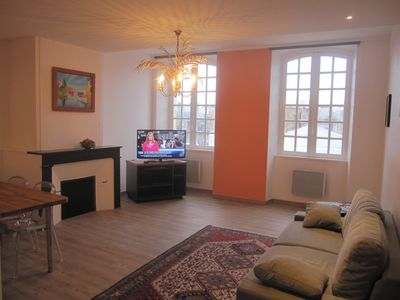 Photo for New, A/C, bright, quiet, building has been rated 4*. In the heart of Bordeaux