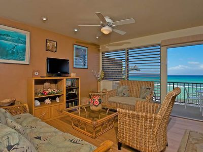 Photo for Watch Sea Turtles from this Ocean Front Lanai. Affordable in Paradise!