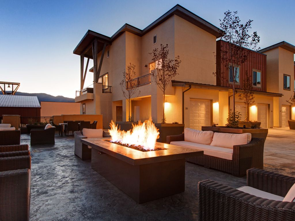 Immaculate park city townhome with private vrbo for Affitto cabina park city utah