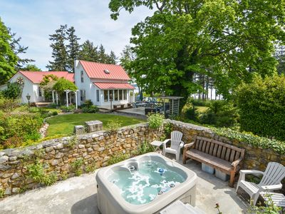 Photo for Private Beach, Hot Tub, Mt. Baker View, Near Golf, Tennis & Friday Harbor!