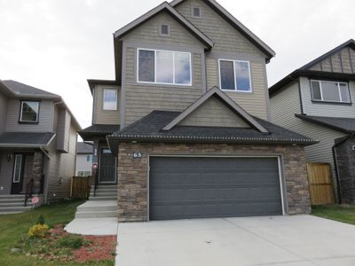 Photo for LUXURY & COMFORTABLE HOUSE IN NW. 6 BEDROOMS. close to AIRPORT.SLEEP UP TO 12.