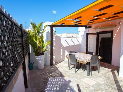 Photo for Lovely Apulian traditional house in the centre with terrace, near sea