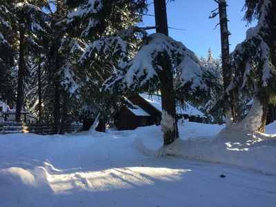 Photo for Explore Lake Easton Park Or Ski Summit At Snoqualmie Just 16 Miles Away