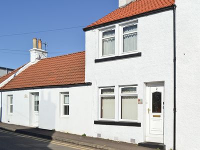 Photo for 1 bedroom accommodation in Lundin Links, near St Andrews