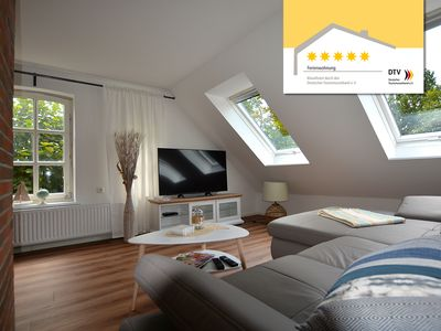 Photo for Apartment with quiet canal location in Großefehn