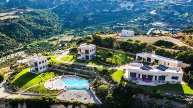 Photo for Superb 1st Floor Apartment & Pool & Panoramic Views of Kefalos Bay
