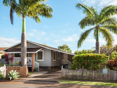 Photo for 3 Bedroom Home - in Paia Town - Walk to it All