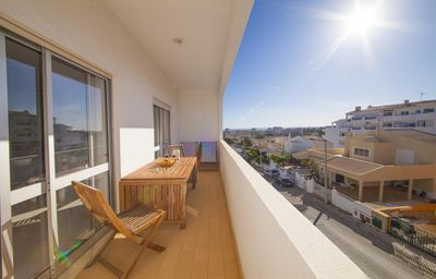 Photo for Spacious Ribeiro Campos apartment in Portimão with WiFi & balcony.