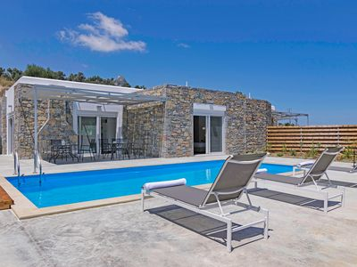Photo for New, Spacious, Private Pool, Near tavern, Olive Grove, Great location & Views 2