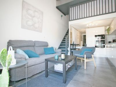 Photo for Very nice two rooms in residence with swimming pool in La Grande-Motte.