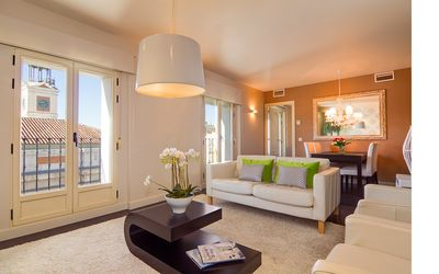 Photo for Right in the Puerta del Sol - 3 bed / 2bath